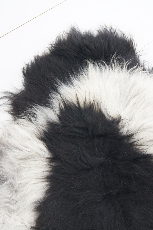Schaffell schwarz weiß,  Langhaar