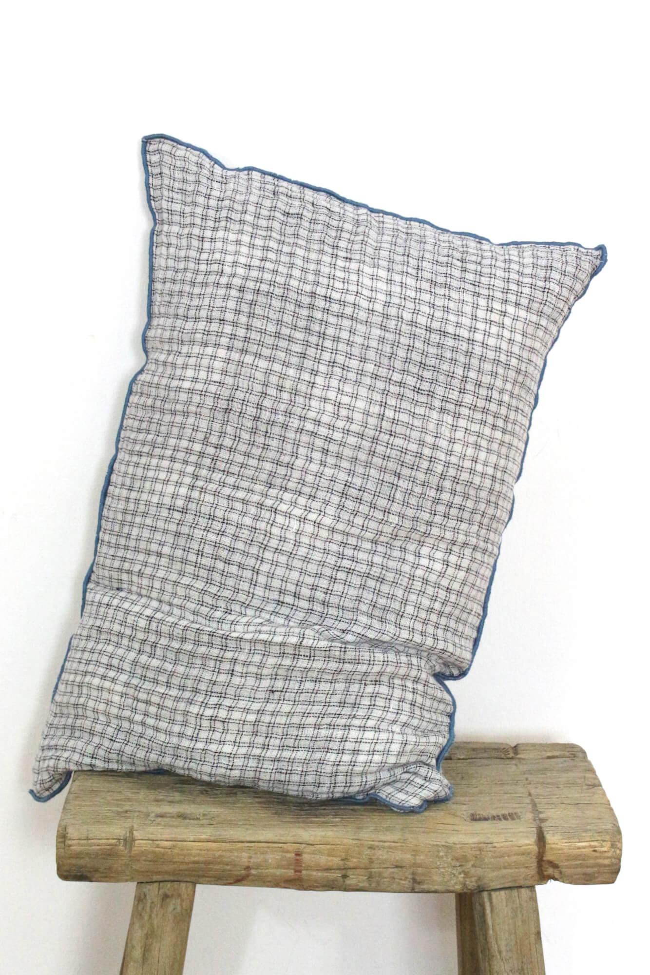 Leinenkissen weiß écru, Leinenkrepp 60x40