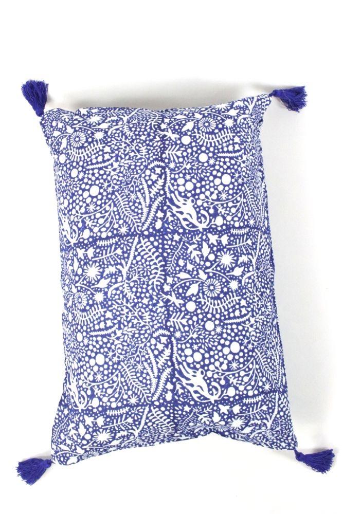 Boho Kissen blau weiß gemustert, 60x40