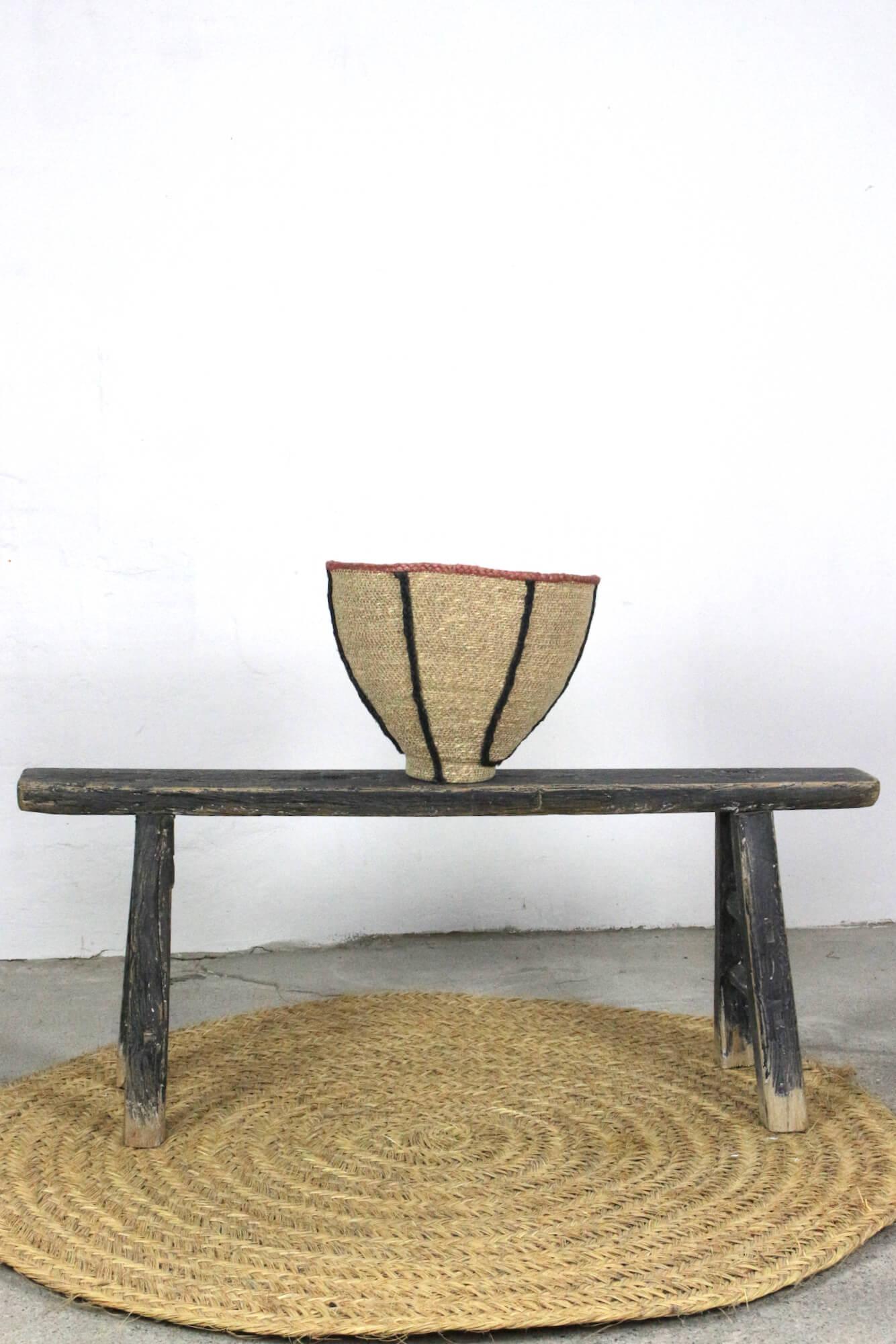Alte chinesische Holzbank schwarz, 127 cm