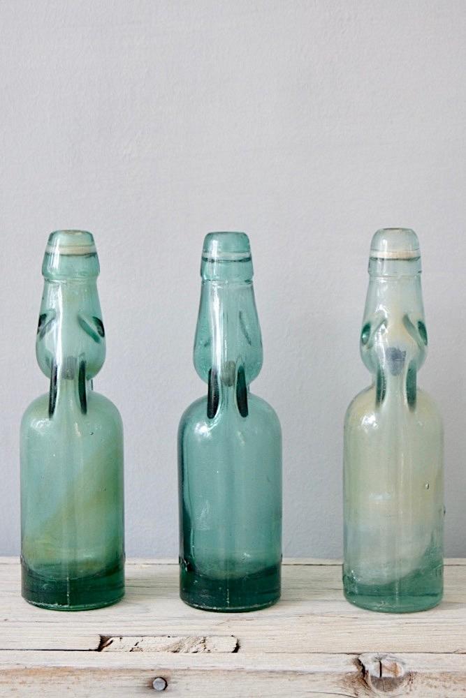 Alte Knickerflasche, Indonesien