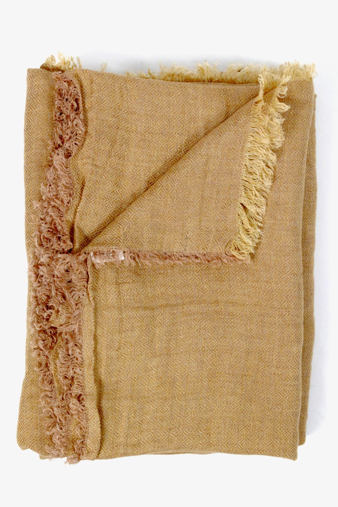 Plaid aus gewaschenem Leinen Senfgelb
