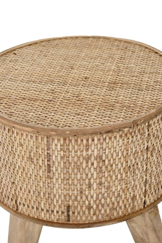 Kleiner Hocker aus Bambus