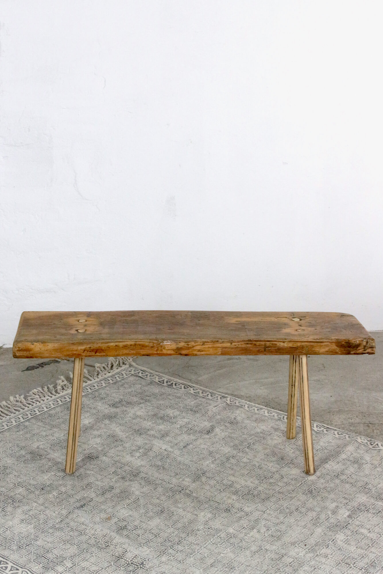 Alte Holzbank mit Charme, 90 cm