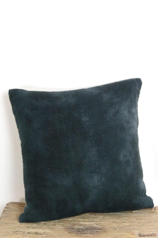 Batikkissen dunkelblau 35x35