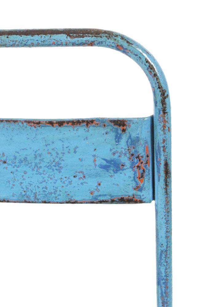 Eisenstuhl, hellblau