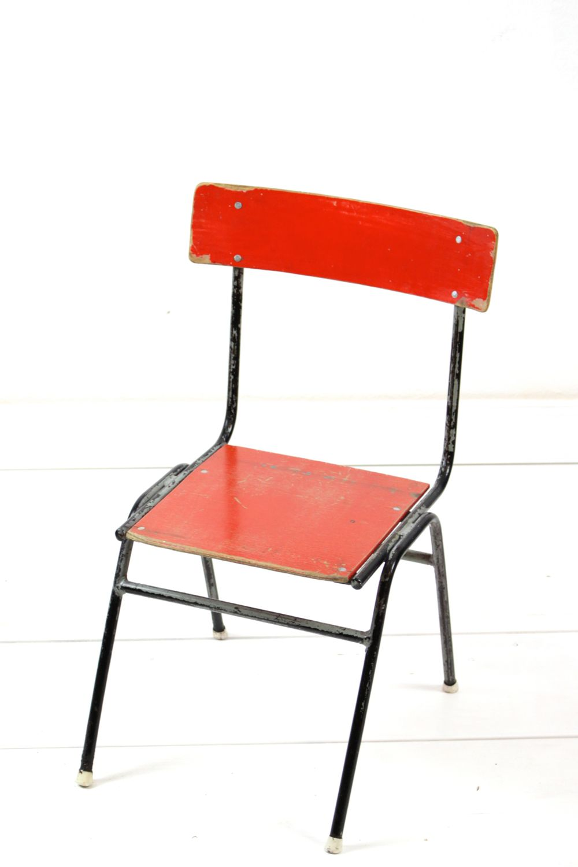 Vintage Kinderstuhl rot