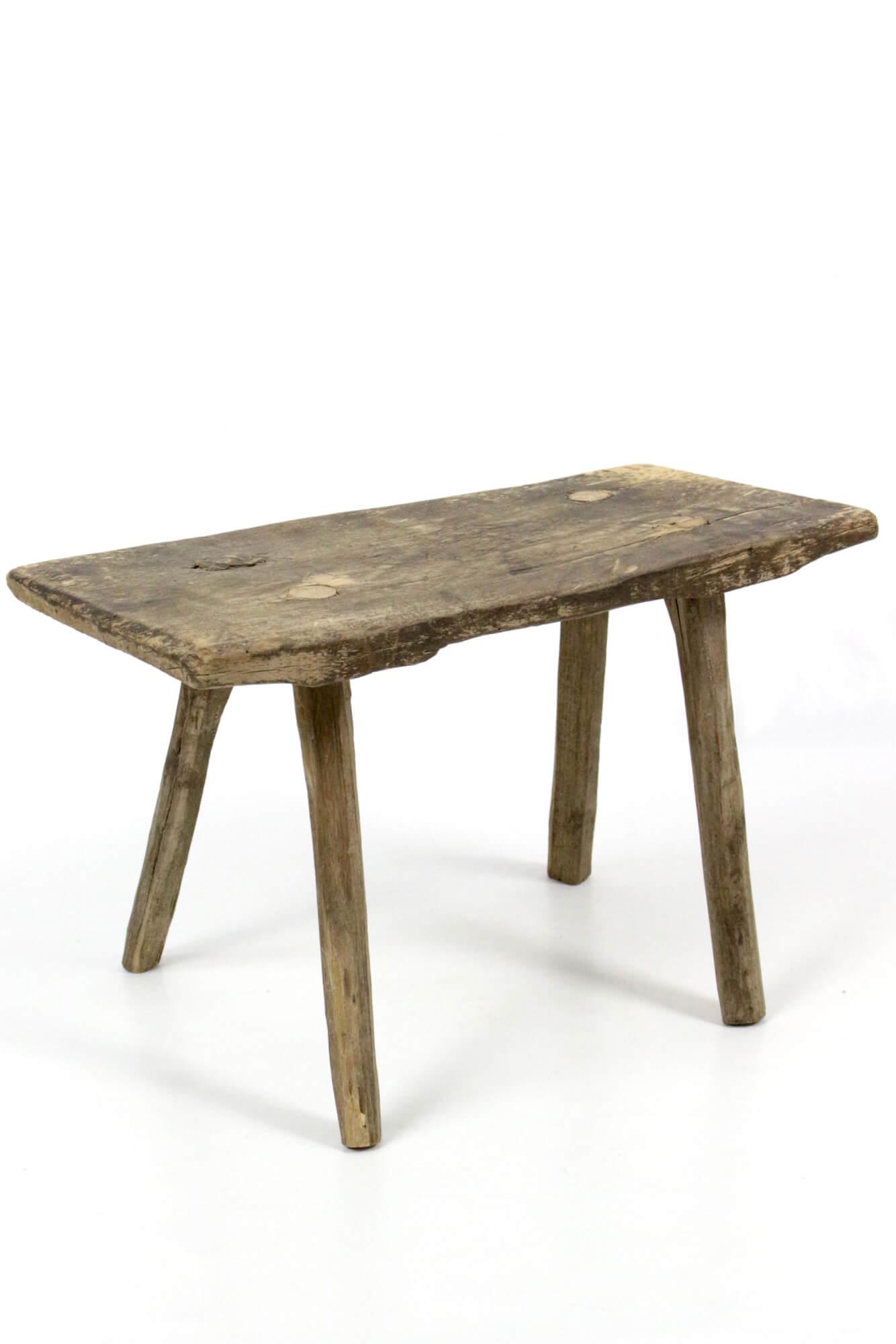 Holzhocker antik rustikal
