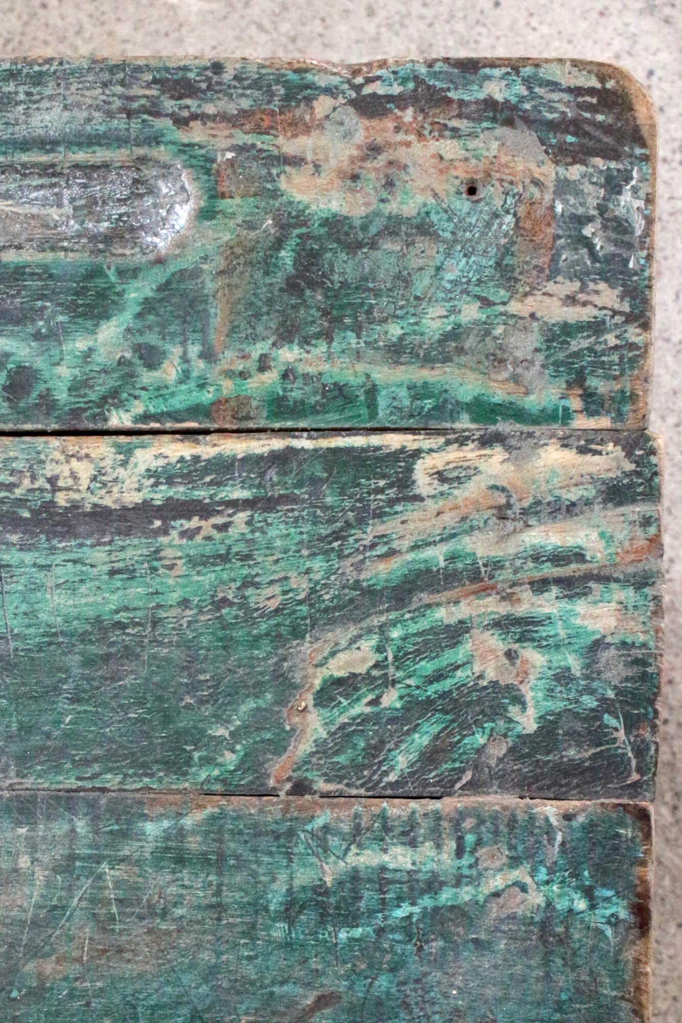 Altes Schulpult grün Indien,  64x105x40