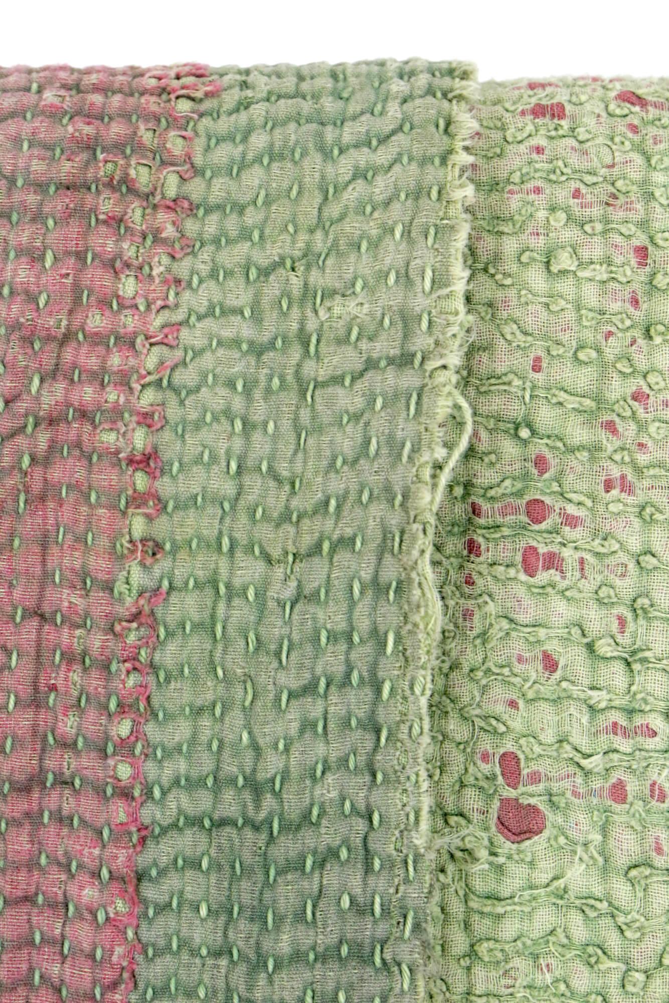 Decke aus Vintage Stoffen, Indien