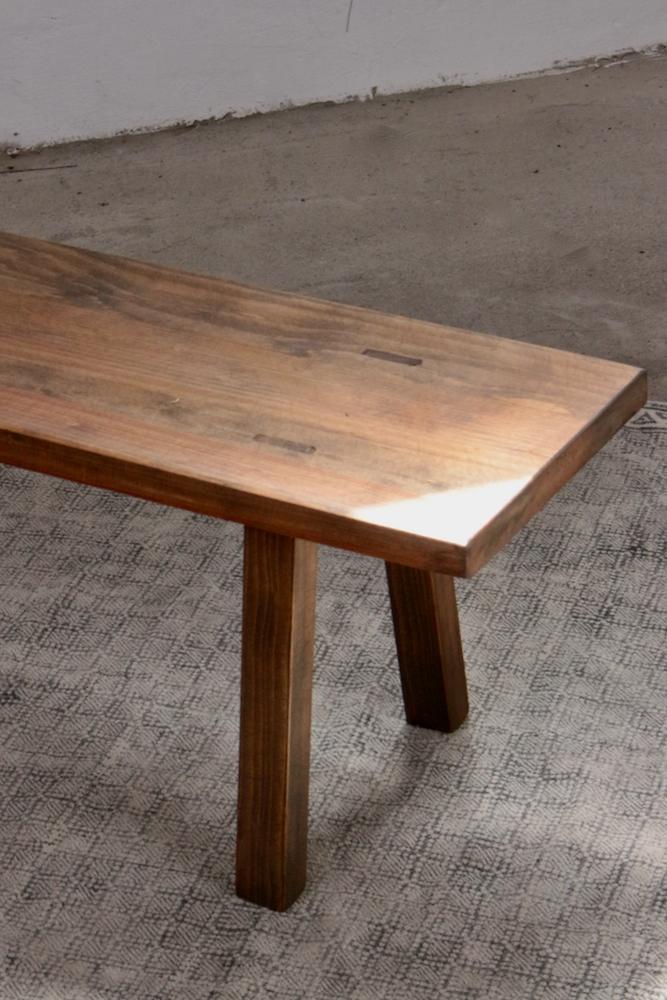 Niedrige Holzbank braun, 119 cm