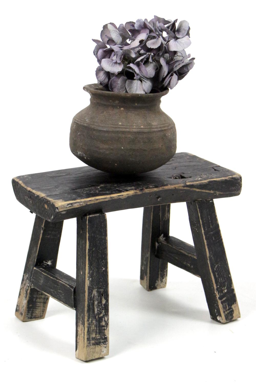 Chinesischer Holzschemel schwarz lasiert