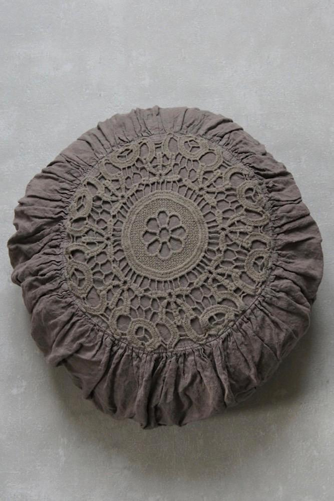 Makramee Boho Kissen rund, braun, Ø 45 cm