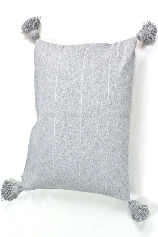 Kissen hellgrau mit Quasten Marokko, 60x45