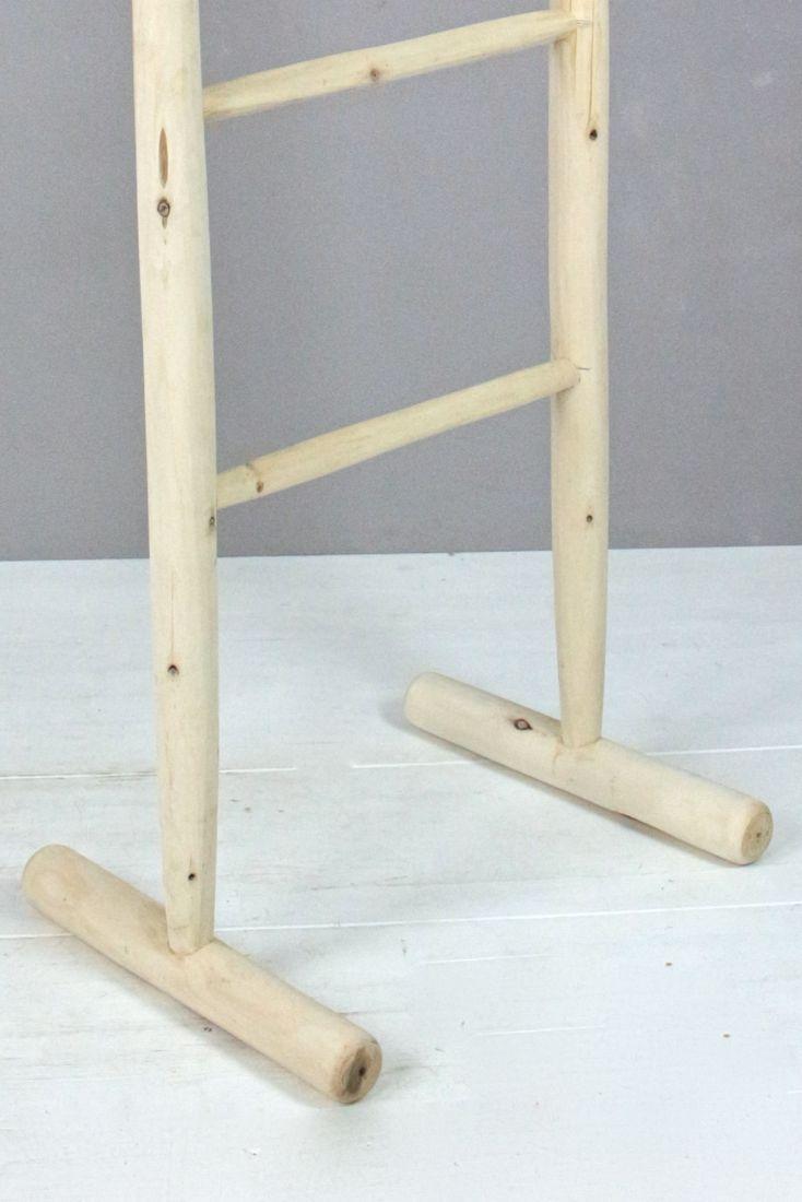 Holzleiter mit Fuß