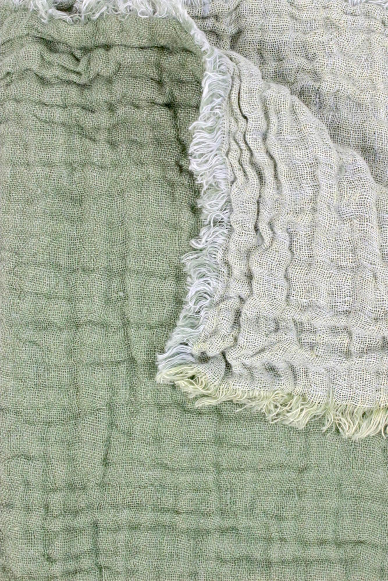 Decke aus Leinenkrepp lindgrün